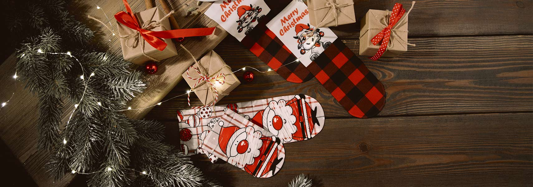 Коллекция новогодних носков и колготок